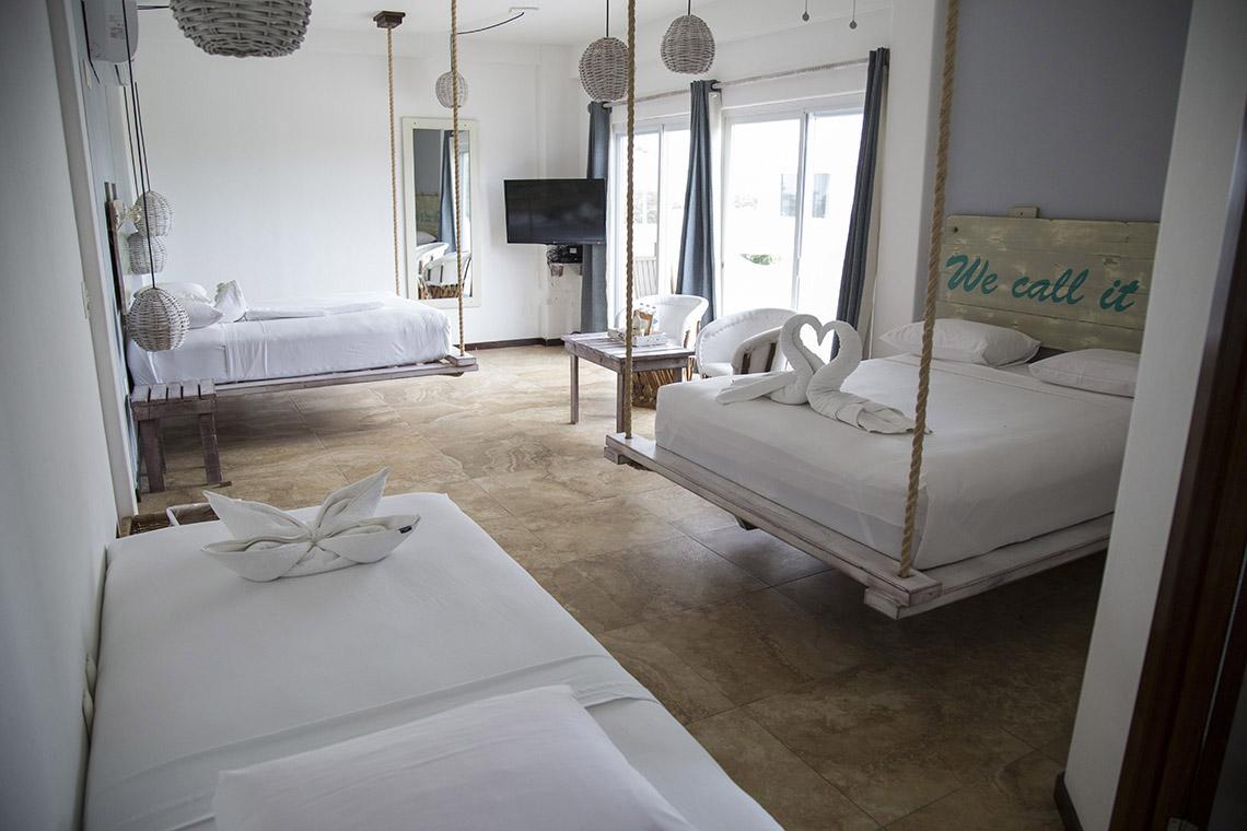 habitacion tres camas